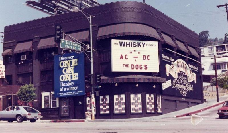 Cartel anunciando la actuación de AC/DC en Whisky a Go Go