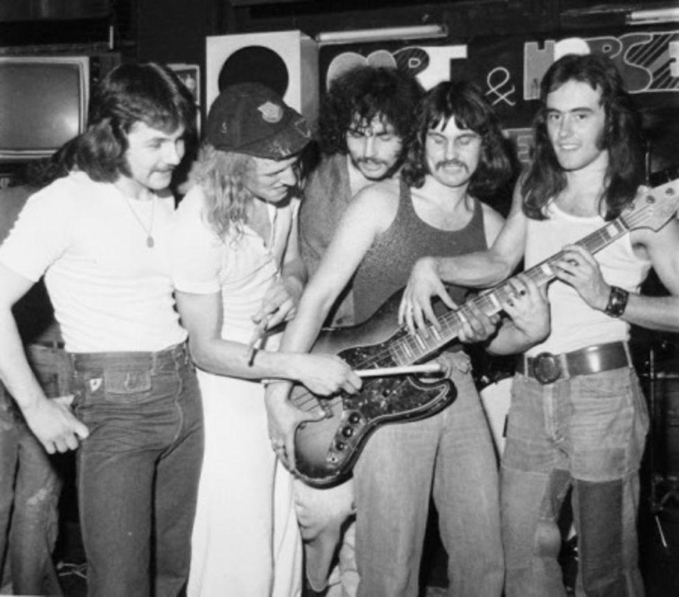 STEVE HARRIS se reúne con la formación original de IRON MAIDEN de 1975