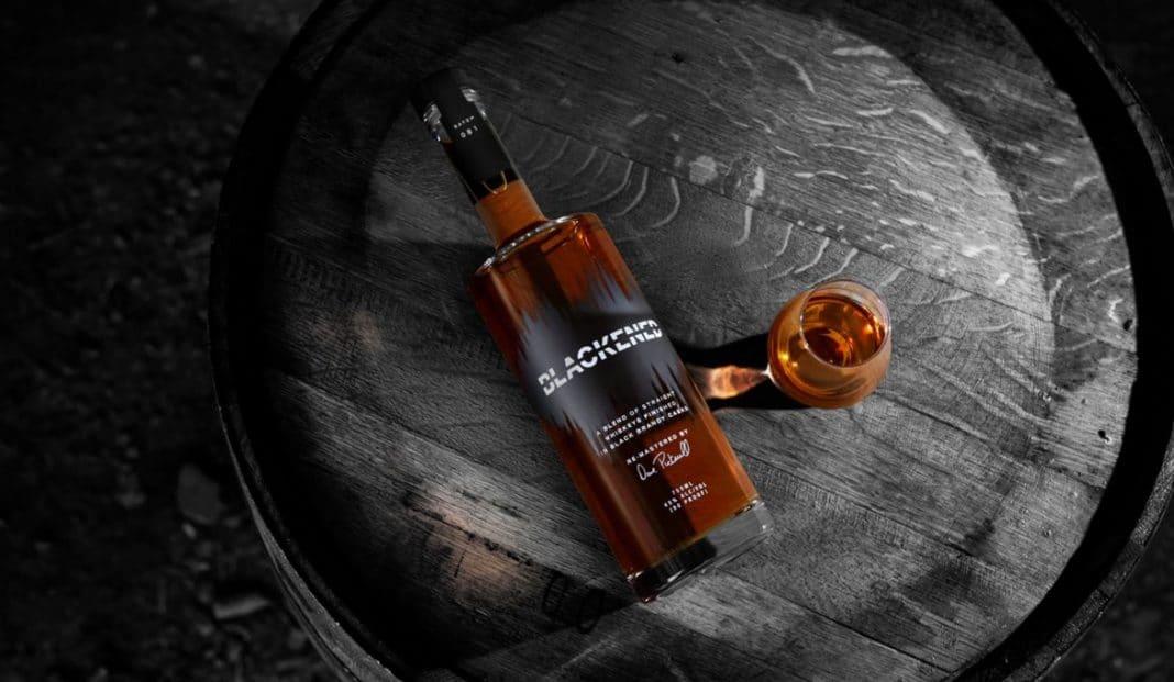 """METALLICA sobre su whiskey: """"No queríamos simplemente plasmar el logo del grupo en algo"""""""