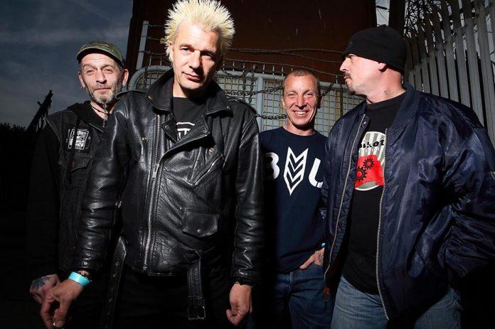 Muere Mickey Coyle, bajista del legendario grupo de punk GBH