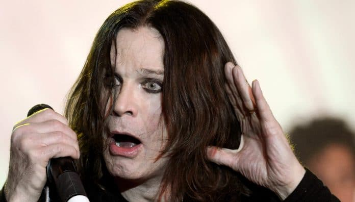 Ozzy Osbourne, hospitalizado por complicaciones de una gripe