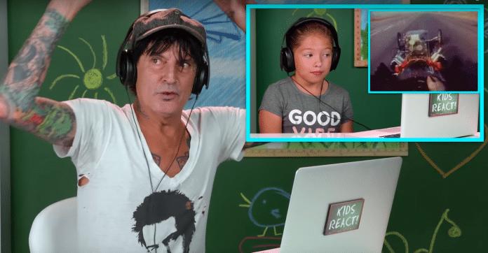 TOMMY LEE alucina con niños que escuchan MÖTLEY CRÜE por primera vez (Video)