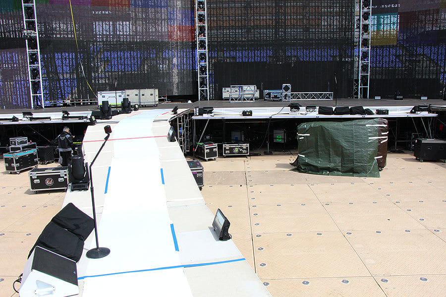METALLICA: Así se monta el escenario de la gira Worldwired... en 1 minuto (Video)