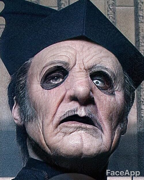Tobias Forge (Ghost) con FaceApp