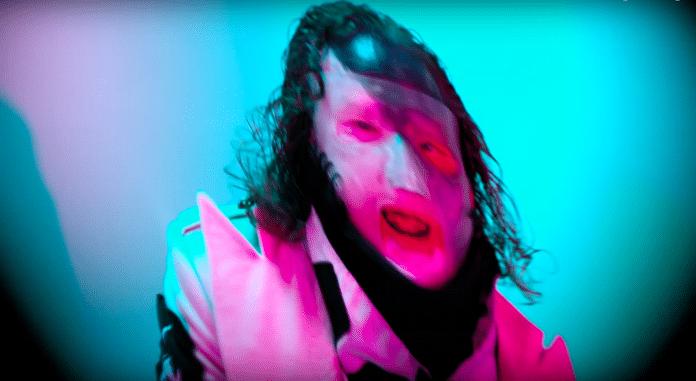 """SLIPKNOT estrena """"Pollution"""", un corto de 20 minutos dirigido por SHAWN CRAHAN (VIDEO)"""